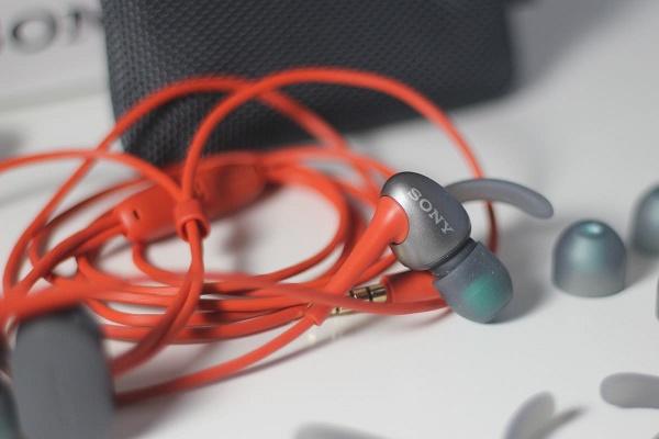 Sony MDR-AS800AP