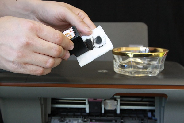 Очистка печатающей головки струйного принтера