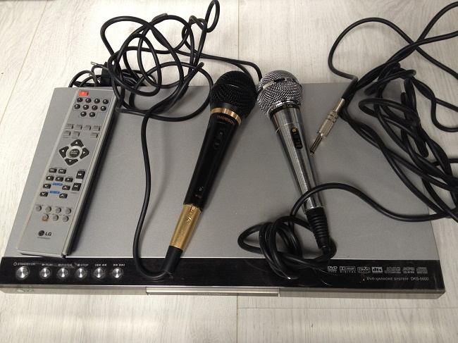 Микрофон и ДВД
