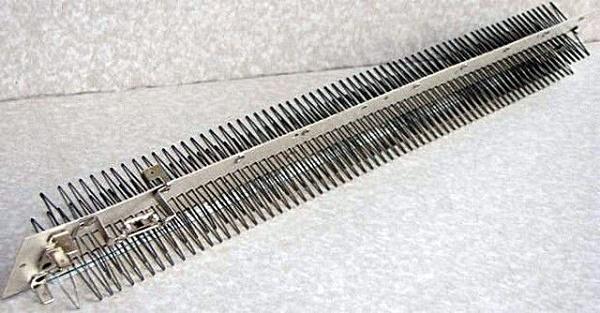 Ленточно-игольчатый нагревательный элемент