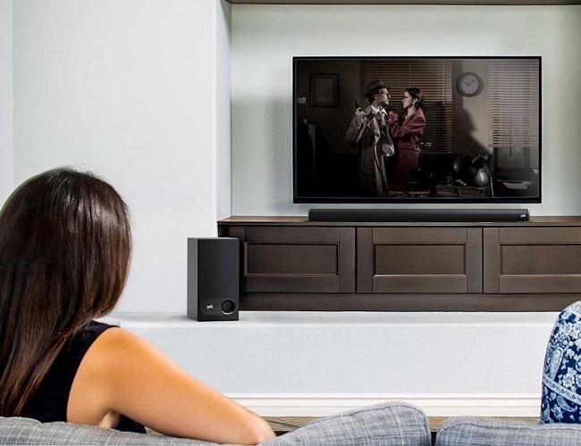 Телевизор с саундбаром