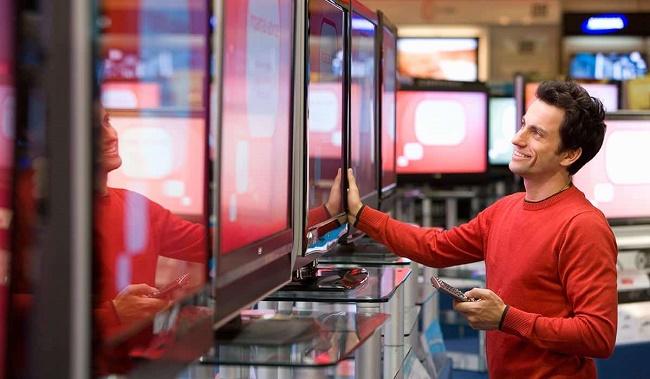 Телевизоры в магазине