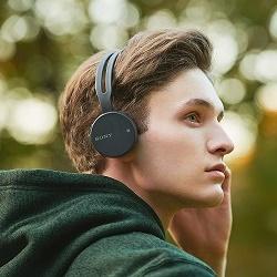 Есть ли вред от прослушивания музыки в наушниках