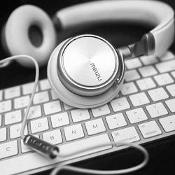 Шум в наушниках на компьютере — решение проблемы