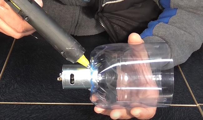 Двигатель в бутылке