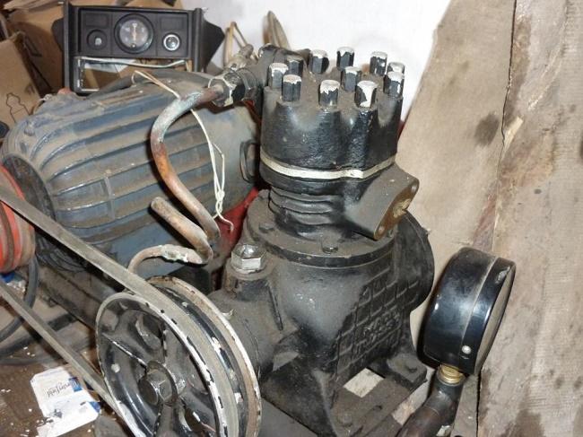 Чугунный компрессор