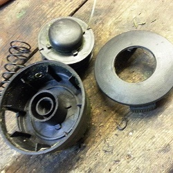 Как ремонтировать косильную головку триммера