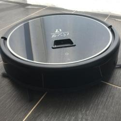 Робот-пылесос Cleverpanda i7 очистит любые покрытия без лишнего шума
